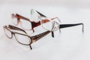 Цена и где купить корригирующие очки
