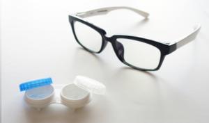 Разница диоптрий очков и контактных линз