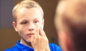 Что делать если падает зрение у подростка